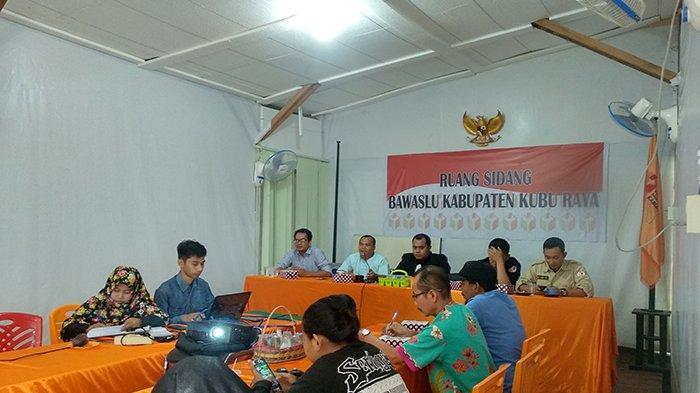 Bawaslu Kubu Raya Kawal Update Data Pemilih, Gelar Rapat Fasilitasi dan Koordinasi