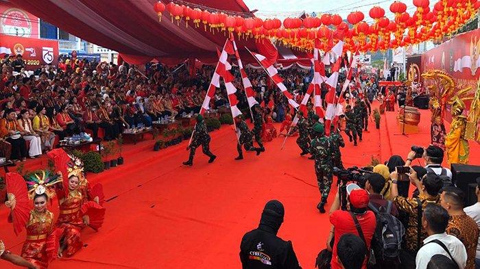 Tarian Etnis Meriahkan Pembukaan Cap Go Meh Singkawang 2020