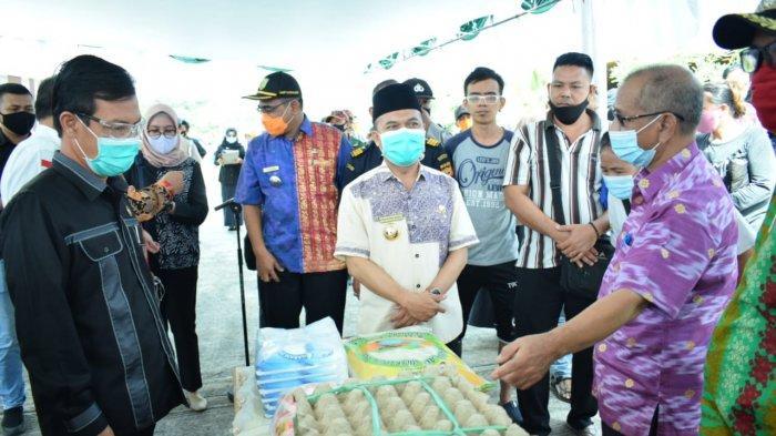 Penuhi Kebutuhan Pokok Kecamatan Perbatasan, Sambas Terima Suplai Sembako dari Malaysia