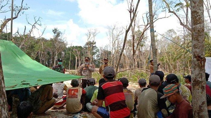 Kapolsek Berikan Sosialisasi Larangan Pertambangan Emas Tanpa Izin di Wilayah Hukum Polsek Mukok
