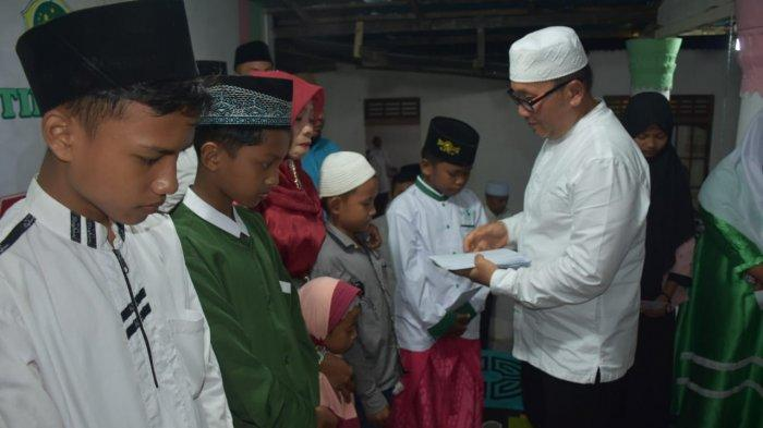 Hadiri Pengajian Umum, Wabup Sujiwo Komitmen Benahi Pondok Pesantren yang Ada di Kubu Raya