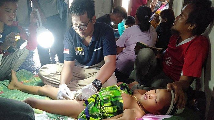 Belasan Peserta Ikut Sunatan Masal Komunitas Avicenna Holistic Care di Melawi