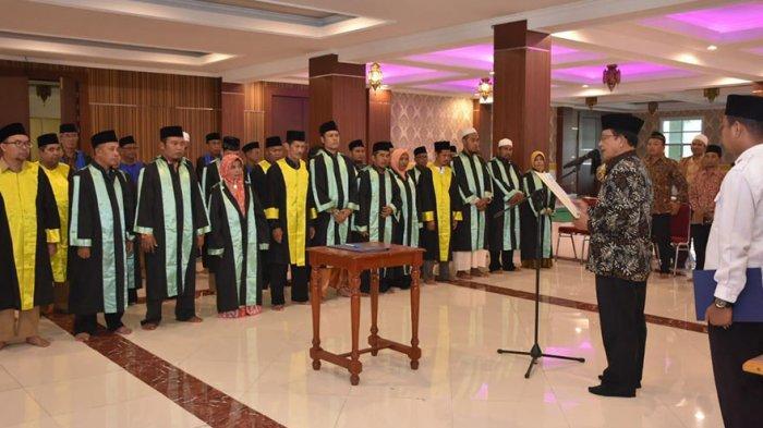 Lantik Dewan Hakim dan Panitera MTQ XXVIII Tingkat Kabupaten Ketapang, Ini Pesan Wabup Suprapto