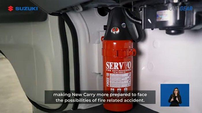 Suzuki New Carry Pick Up dilengkapi dengan fasilitas Alat Pemadam Api Ringan.