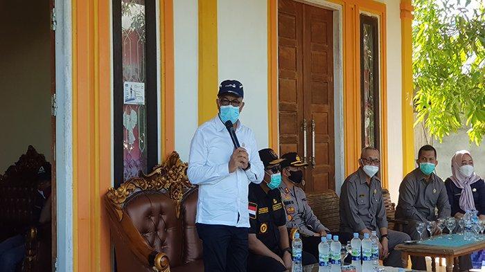 Reses ke Kayong Utara, Wakil Ketua Komisi V DPR RI Ajak Masyarakat Tangkal Informasi Hoax