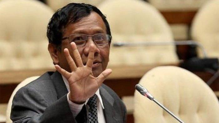 Tanggapan Mahfud MD Dituntut Minta Maaf Usai Sebut Provinsi Garis Keras,