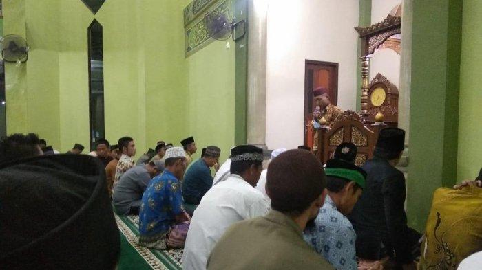 Tarawih Keliling, Ansor Sekadau Kenalkan Islam Rahmatan Lil 'alamin