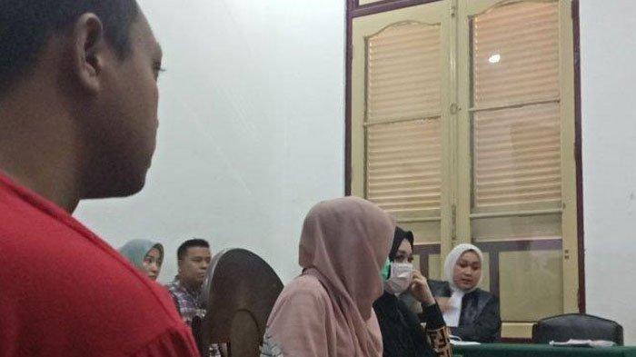 Di Bali SPG Molek Dibunuh Gigolo Tarif 500 Ribu! di Medan 2 SPG Cantik Terpapar Prostitusi,Tarifnya?