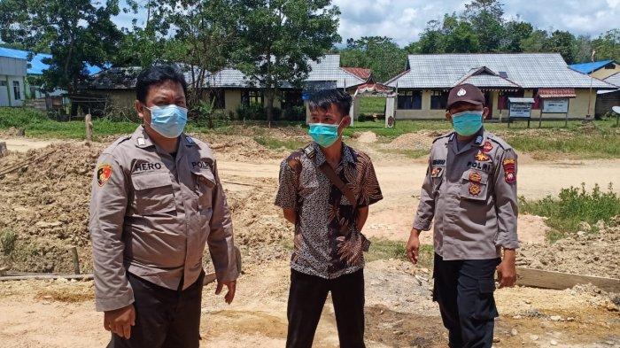 Giatkan Patroli Dialogis, Personel Polsek Siding Sampaikan Imbauan Protokol Kesehatan