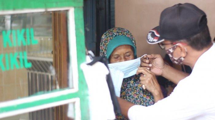 Jelang PPKM Darurat, Relawan Gerakan Berbagi Untuk Warga Bagikan Masker Gratis
