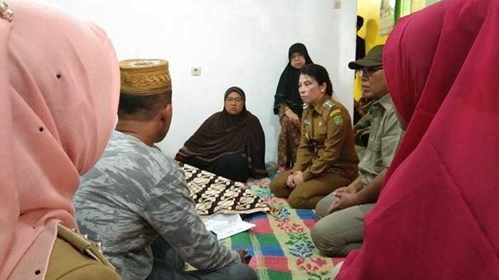 Istri Lurah di Singkawang Tewas Bersimbah Darah, Wali Kota Tjhai Chui Mie Datangi Rumah Duka