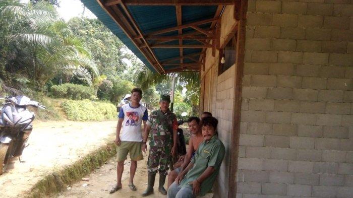 Satgas TMMD Kodim Sanggau Jalin Silaturahmi Bersama Warga Dusun Bukong