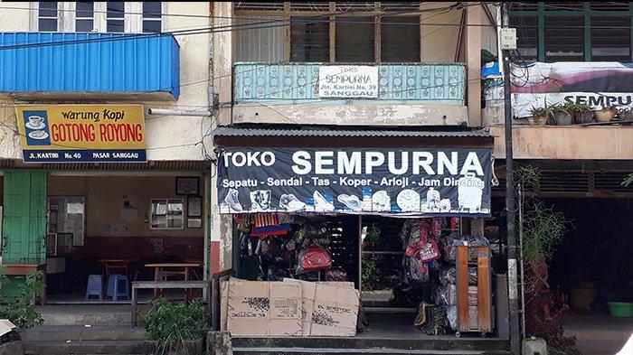 TRIBUNWIKI: Cari Sepatu dan Sandal di Sanggau, Kunjungi Toko Sempurna di Jalan Kartini