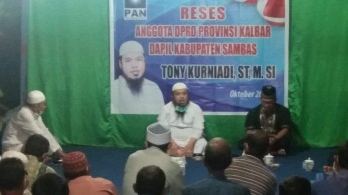 Hadiri Reses Anggota DPRD Kalbar, Warga Desa Serumpun Buluh Sambas Damba Peningkatan Jalan Poros