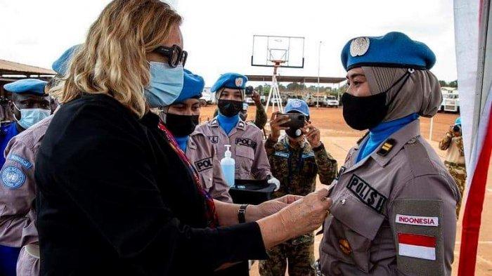 Polwan Polda Kalbar Mendapatkan Penghargaan UN Medal dari PBB