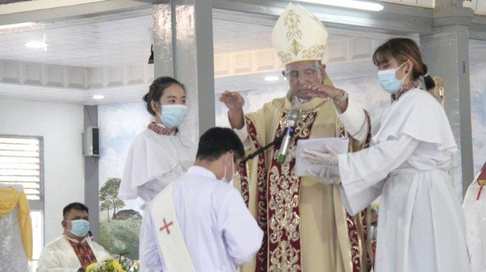 Tahbisan Imam Kapusin, Uskup Agung Pontianak Mgr Agustinus Agus: Jadilah Imam Pembawa Perubahan