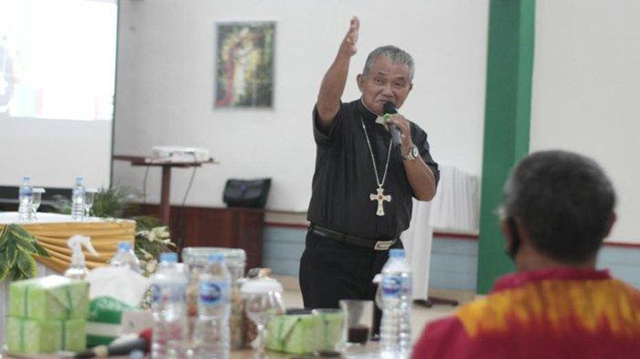Uskup Agung Pontianak, Mgr Agustinus Agus Prihatin Upaya Kriminalisasi Credit Union