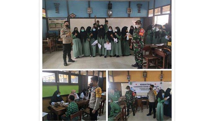 Suasana vaksinasi di SMPN 1 Jawai, Desa Dungun Laut dan SMPN 2 Jawai Desa Sarang Burung Usrat, Kecamatan Jawai, Kabupaten Sambas, Rabu 6 Oktober 2021
