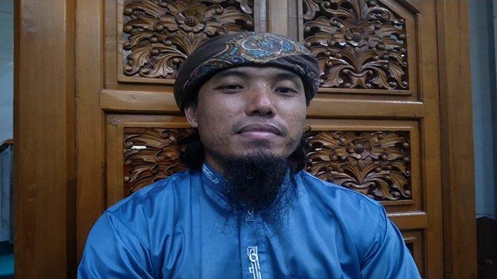 Ustaz Abu Abdillah Amir: Al Quran Adalah Kalamullah
