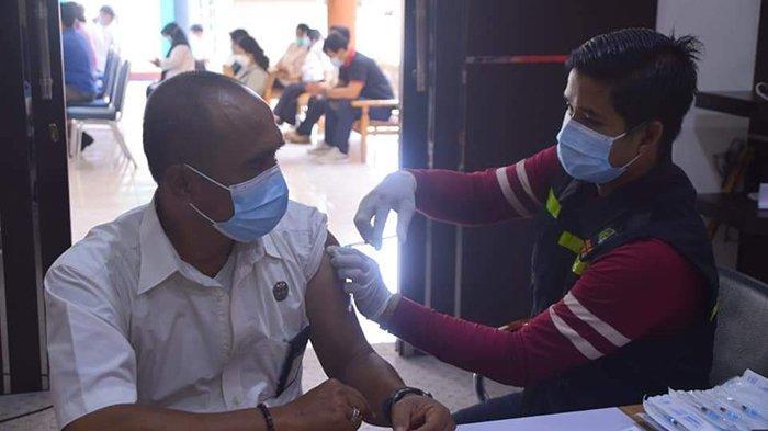 Vaksin Sinovac di Kabupaten Sintang Tersisa 492 Vial