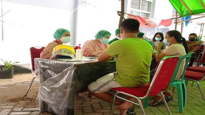 Dukung Sejuta Vaksinasi Sehari Kecamatan Mempawah Hulu dan Puskesmas Karangan Gelar Vaksinasi Massal