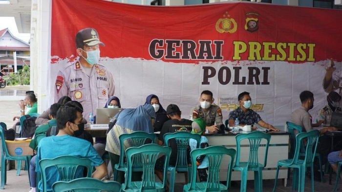 Polres Kapuas Hulu Menggelar Gerai Vaksin Presisi di Masjid Darusalam