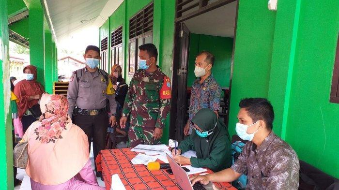 Polsek Singkawang Selatan Gelar Vaksinasi Massal di SMPN 18 Singkawang