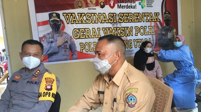 Antusias Warga Ikut Vaksinasi di Puskesmas Siduk Kayong Utara