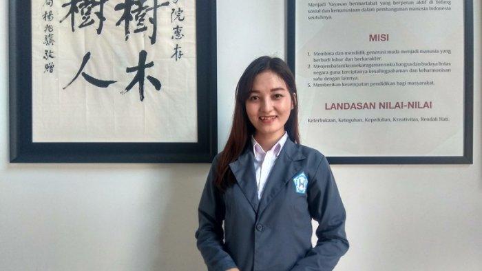 Tak Hanya Cantik, Mahasiswi Ini Jago Bahasa Mandarin
