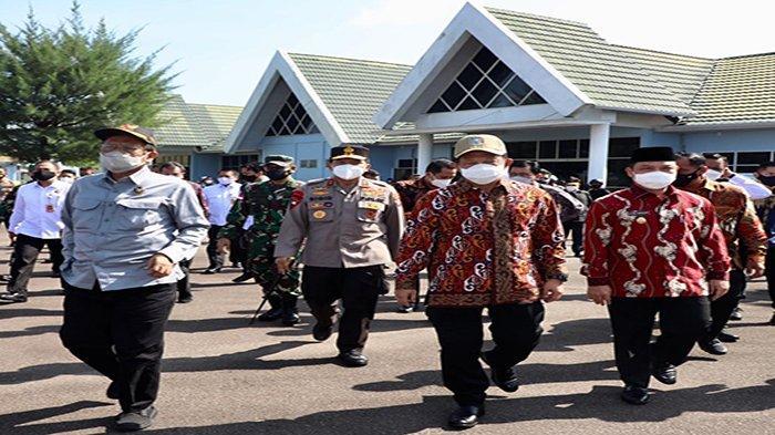 Kunker ke Kalbar, Menko Mahfud dan Menteri Tito Akan Hadir Pada Acara Gerbangdutas 2021 di PLBN Aruk