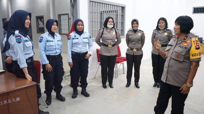 Wakapolda Kalbar Kunjungi Lapas Perempuan Kelas II A Pontianak, Beri Pesan Khusus ke Warga Binaan