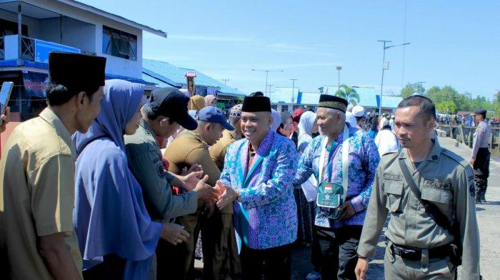 Wakil Bupati Effendi Minta Jamaah Haji Jaga Kekompakan