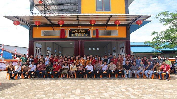 Wakil Bupati Sanggau Yohanes Ontot Resmikan Gedung Yayasan Bakti Suci Tayan Hilir