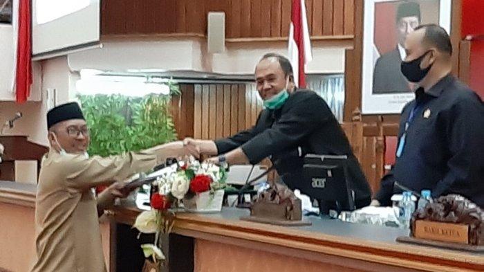 Tatib Disahkan, Diharapkan Dapat Tingkatkan Kualitas DPRD Kalbar