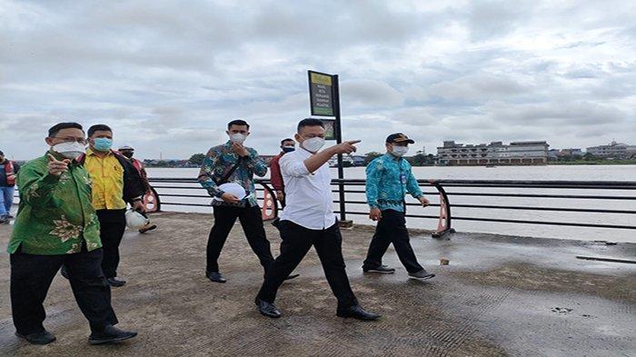 Tinjau Langsung Pembangunan 1,2 KM Waterfront, Wali Kota Pontianak Sebut Sudah Capai 35 Persen