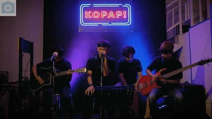 PROFIL Warung Kopi Papi, Dilengkapi Fasilitas Nobar dan Live Music