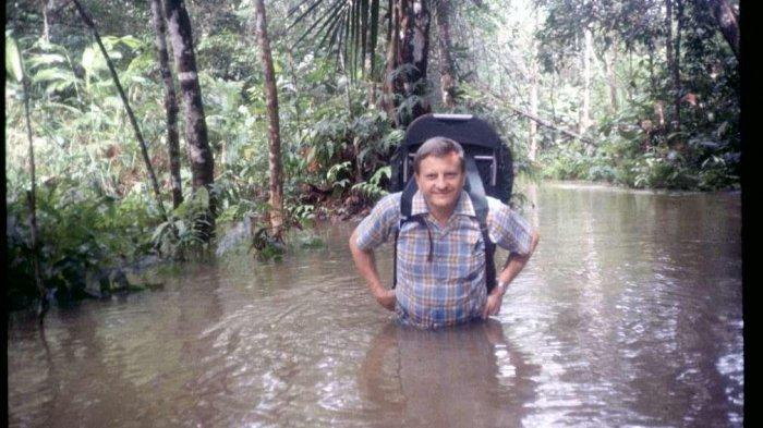 dr Wendell G Geary Tutup Usia, RSU Bethesda Serukam Bengkayang Berduka
