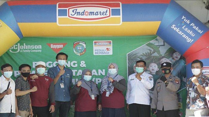 Indomaret Gandeng Baygon Lakukan Fogging dan Berantas Sarang Nyamuk di Kabupaten Mempawah