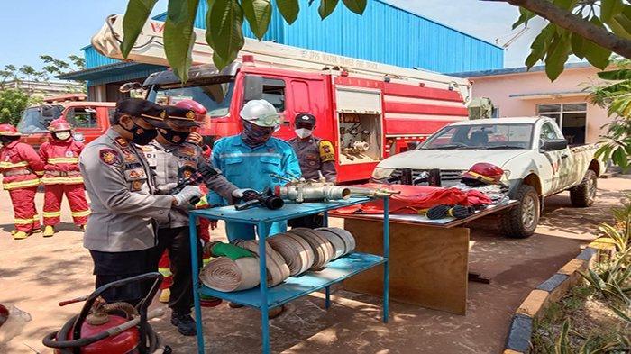 PT WHW Terjunkan Bantuan Tim Pemadam Kebakaran untuk Antisipasi Karhutla