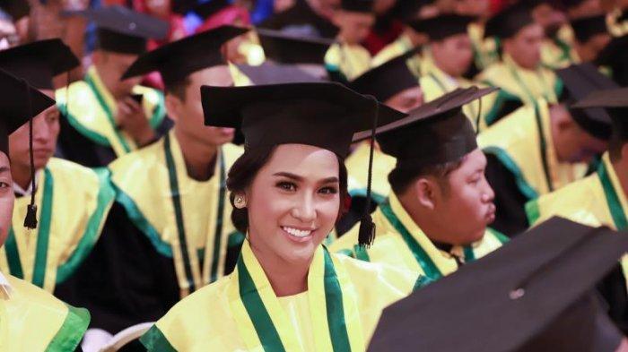 Selesaikan Program S1 di UPB Pontianak, Wilda Octaviana Situngkir Angkatan 2013