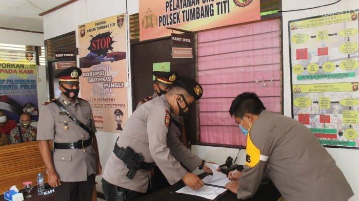 Pimpin Sertijab Kapolsek Tumbang Titi, Ini Yang Disampaikan Kapolres Ketapang Wuryantono