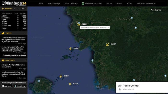 Tangkapan layar www.flightradar24.com Bandara Internasional Supadio Pontianak, Kalimantan Barat ( Kalbar ), Rabu 13 Januari 2021 malam WIB.