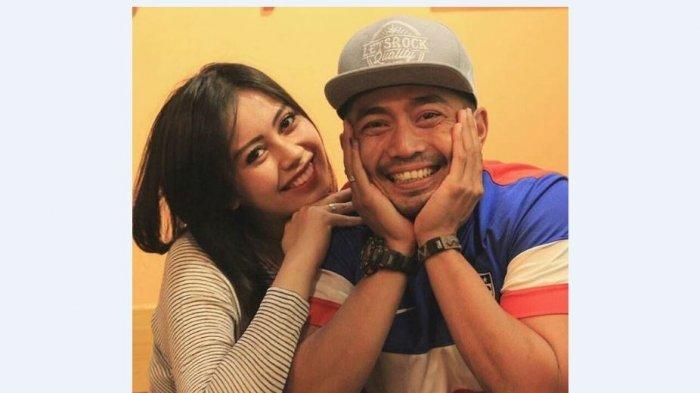 Yama Carlos dan Istri