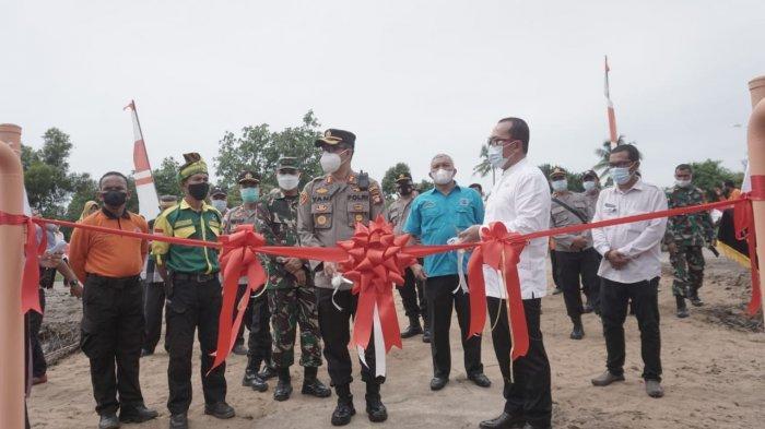Launching Kampung Tangguh Anti Narkoba di Desa Rasau Jaya Umum Kubu Raya
