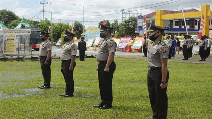26 Personel Polres Kapuas Hulu Dapat Kenaikan Pangkat Setingkat Lebih Tinggi
