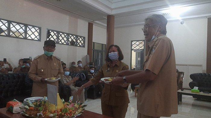 Hari Pertama Masuk Kantor, Jarot-Sudiyanto, Sekda Siapkan SK Status Siaga Karhutla