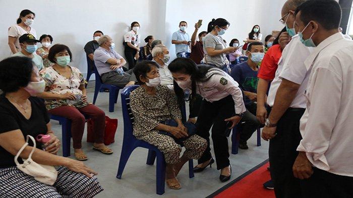 Tjhai Chui Mie Sebut Vaksinasi COVID Satu di Antara Cara Pemkot Tekan Kasus Positif di Singkawang
