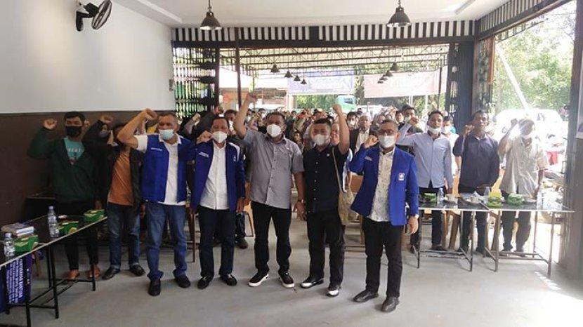 anggota-dpr-ri-boyman-harun-saat-menghadiri-kegiatan-sdfs.jpg