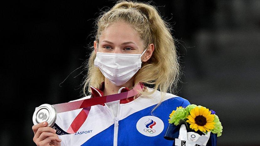 atlet-taekwondo-rusia-tatiana-minina-olimpiade.jpg