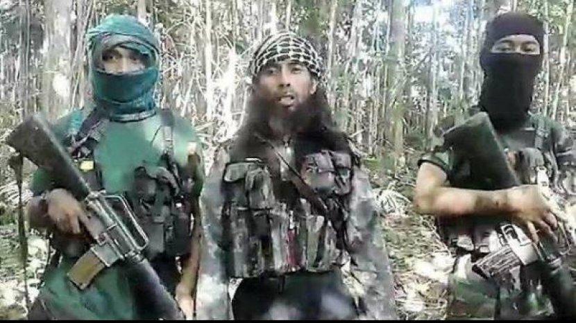 biodata-ali-kalora-pimpinan-kelompok-teroris-mit-asal-poso-yang-tewas-dalam-kontak-tembak.jpg
